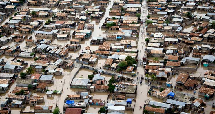 Changing Global Patterns of Urban Exposure to Flood and Drought Hazards